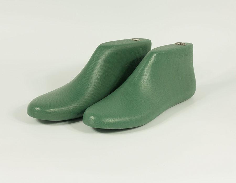 unisex :: Shoe lasts, size 45 (US mens