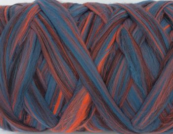Multi color wool roving