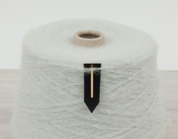 Machine  knitting yarn
