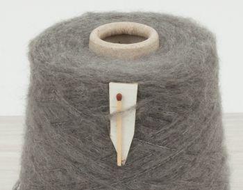 Machine  knitting yarn