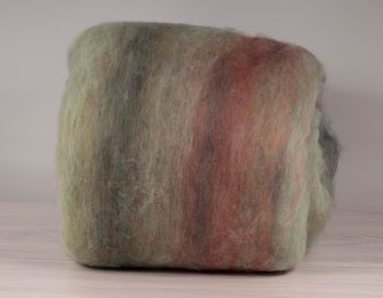 Carded multicolor wool